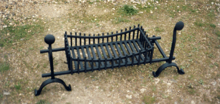 Dog Grate Fire Basket