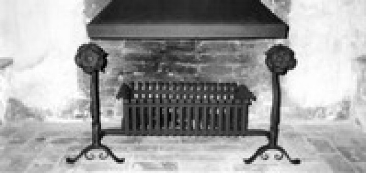 Tudor Rose Fire basket